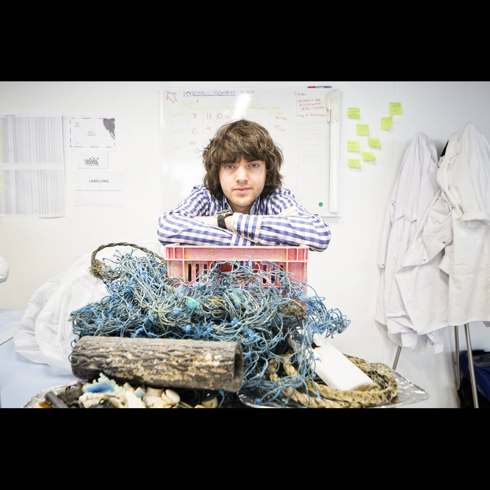 Boyan Slat The Ocean Cleanup donating